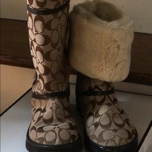 NWB Coach fur lined boots 6